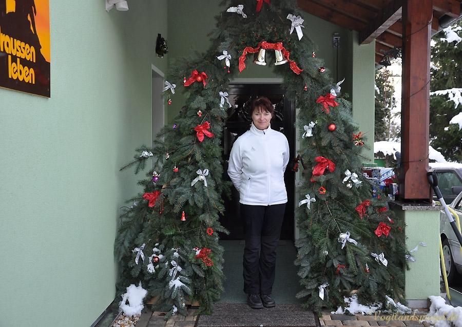 weihnachtsdekoration bei draussen leben in greiz thalbach vogtlandspiegel. Black Bedroom Furniture Sets. Home Design Ideas