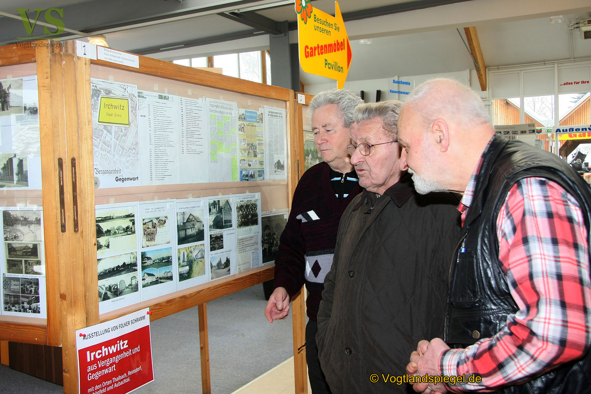 Ausstellung Von Folker Schramm Im Gebäude Der Baustoffe Gebr