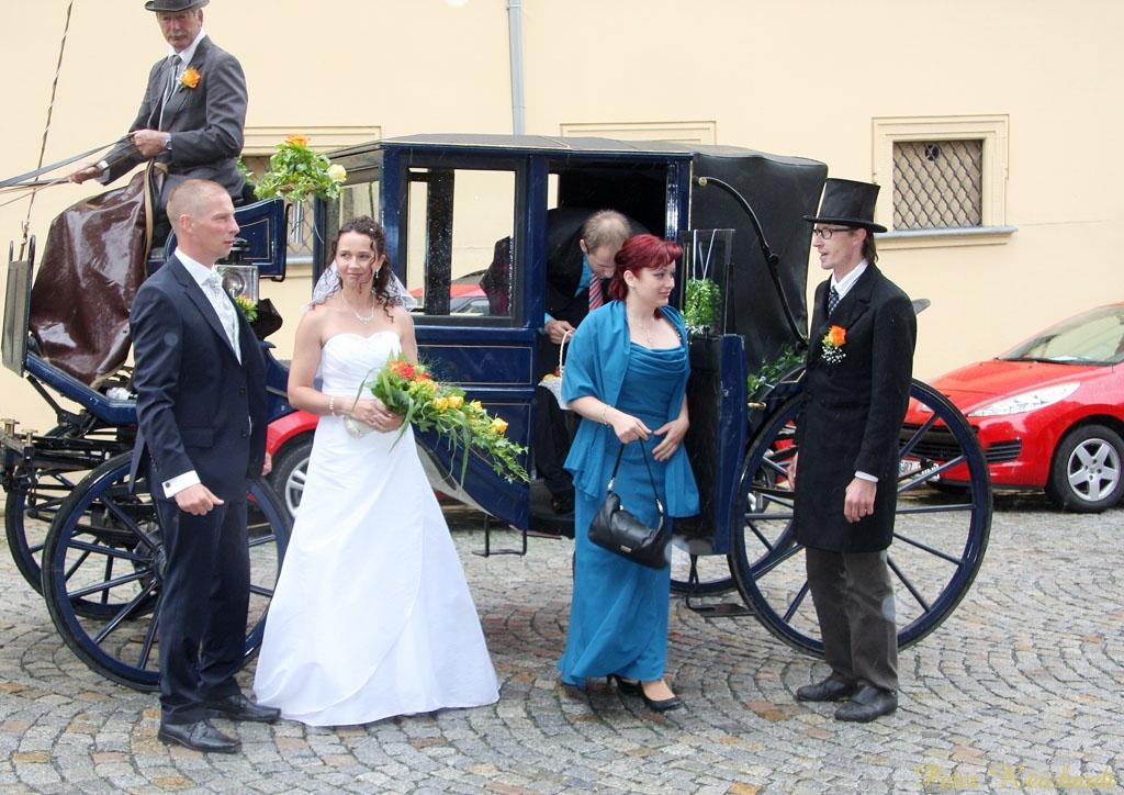 Hochzeit im Fünfspänner vor Alter Wache