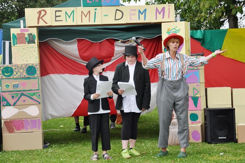 Zirkus Remmi Demmi der Carolinenschule begeisterte mit tollem Programm