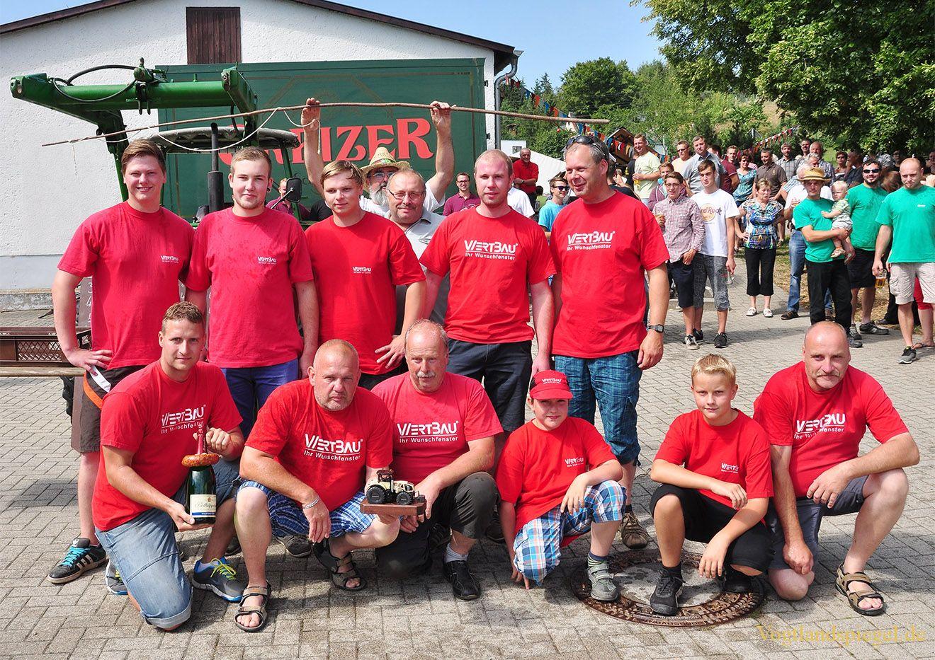 Dasslitzer siegen beim Traktorenziehen in Nitschareuth