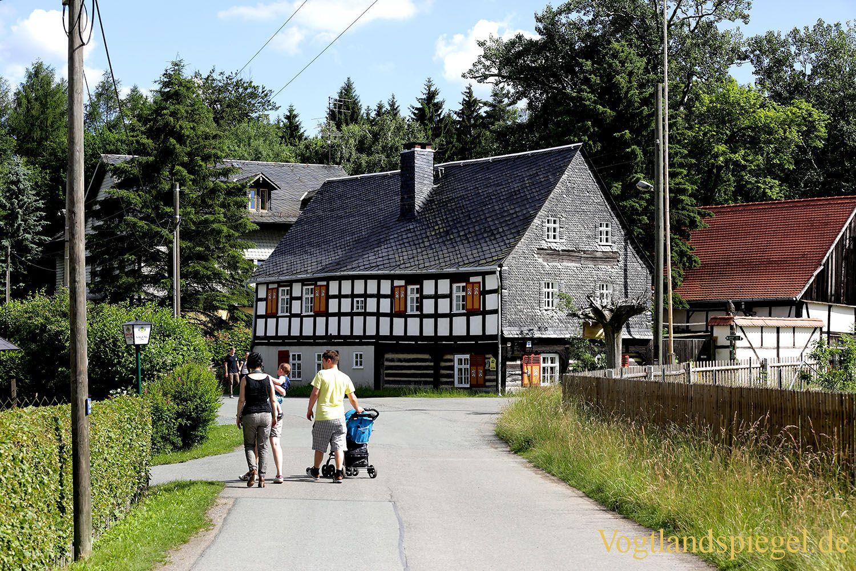 Tiergehege Waldhaus sehr gut besucht